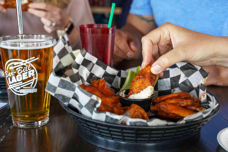 Bar-Bill Tavern Buffalo wings
