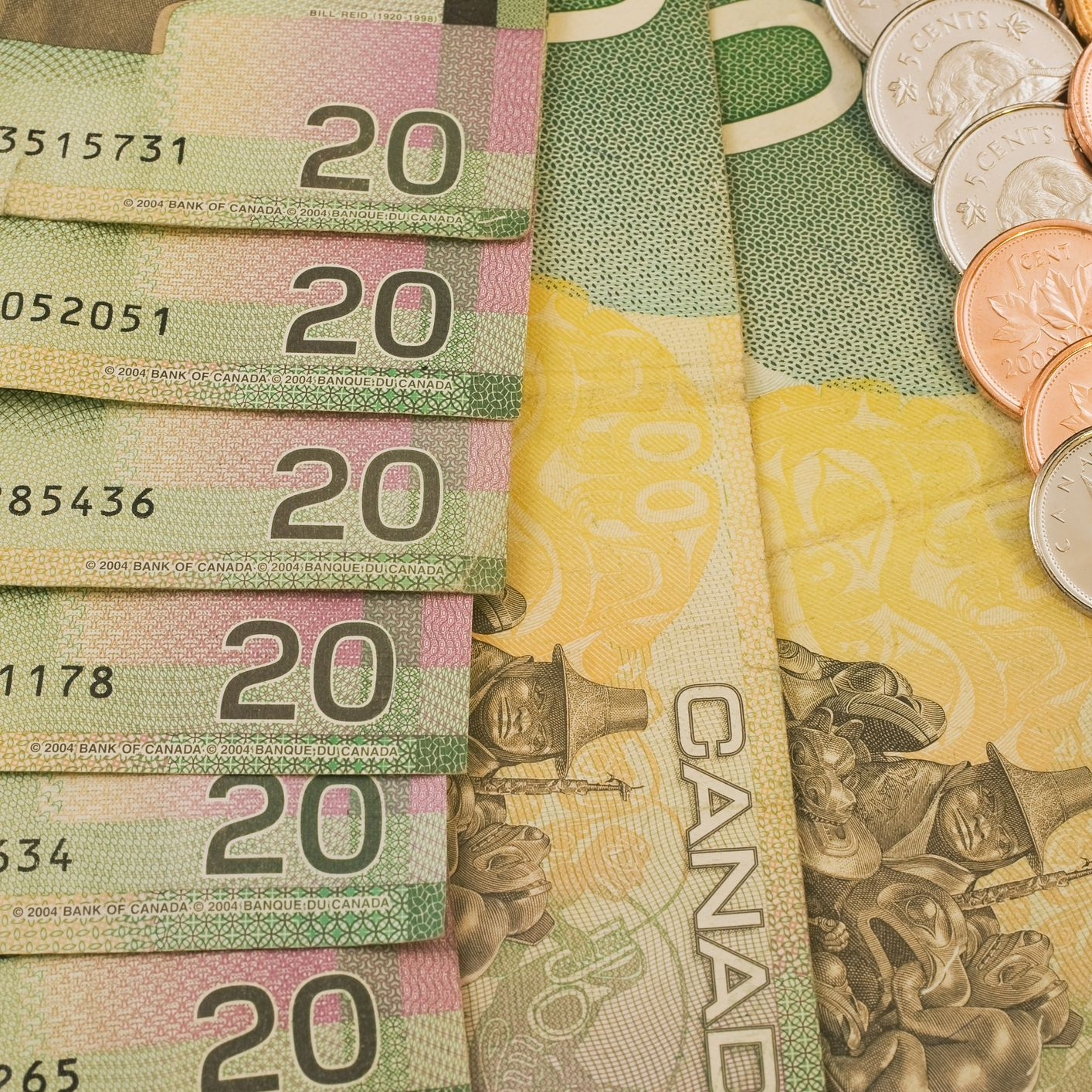Currency Tips For Canadian Vacations