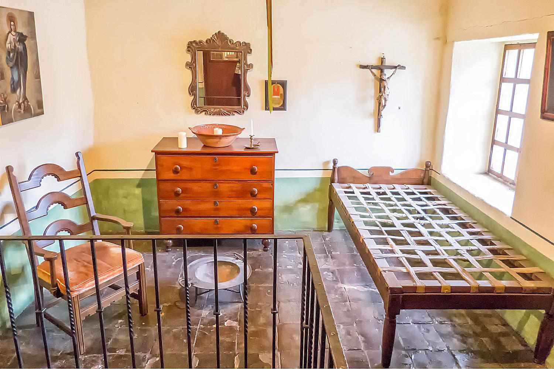 Priest's Bedroom, Around 1810
