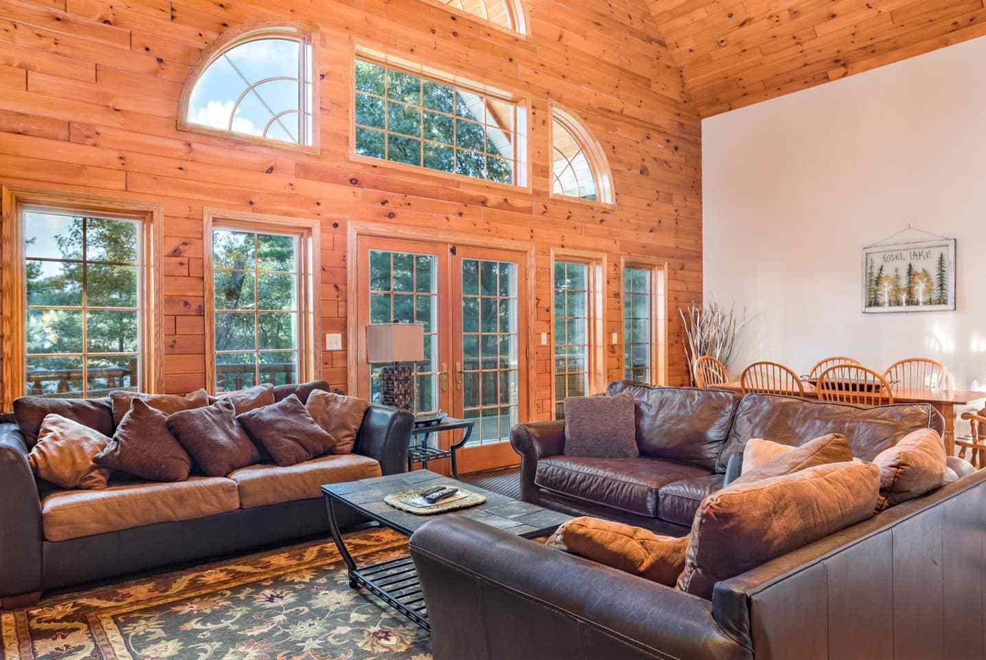 Lasting Memories Lakeside Log Lodge