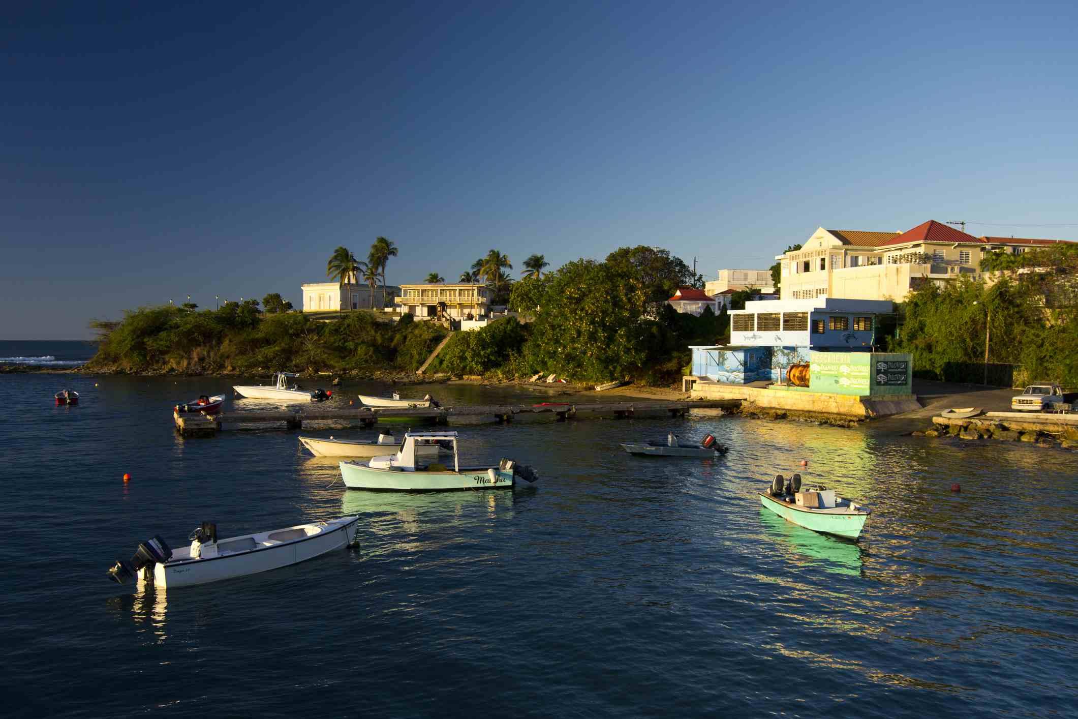 Isabel II port area