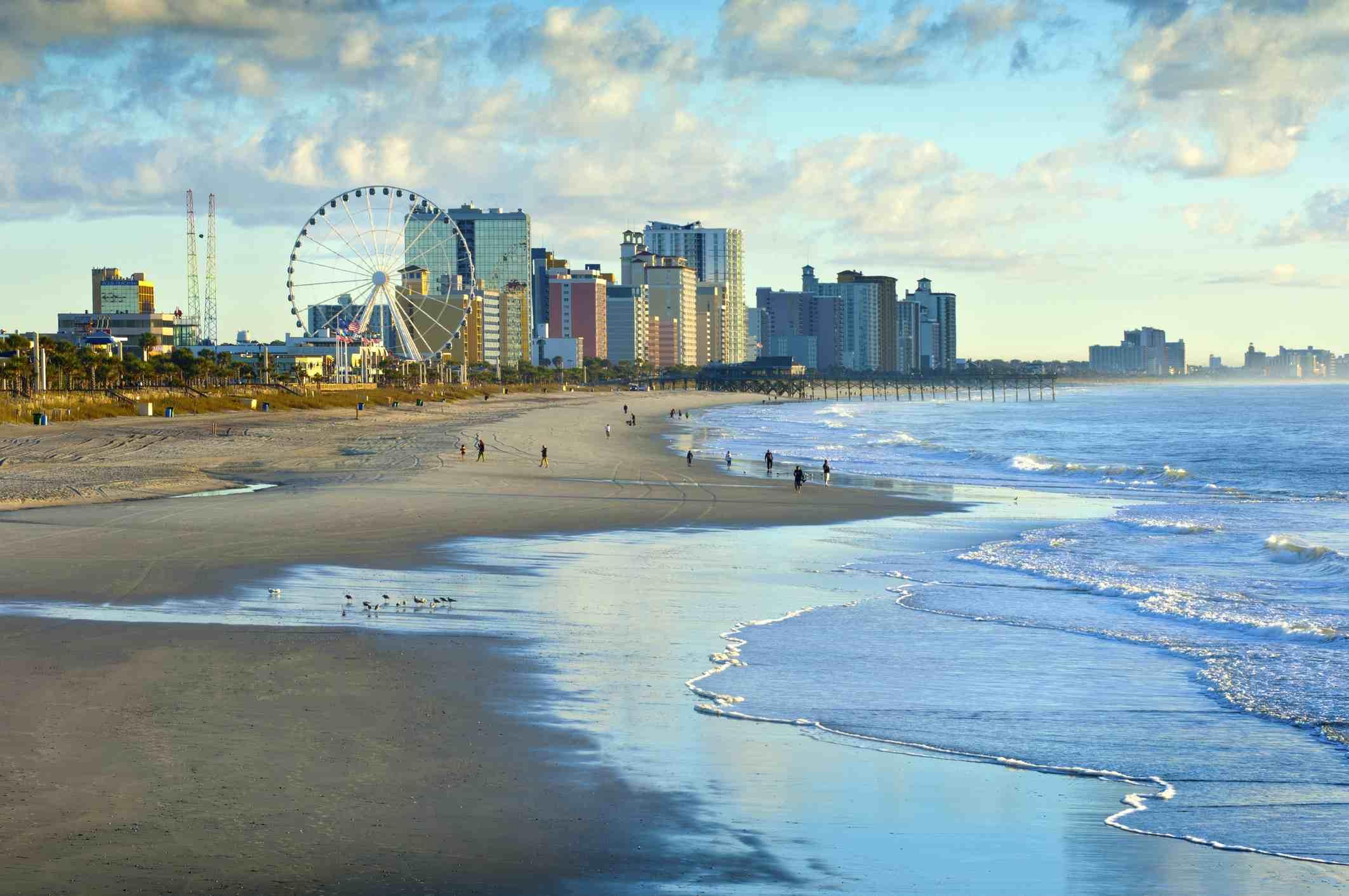 Estados Unidos, Carolina del Sur, Myrtle Beach, rueda de la fortuna en Grand Strand