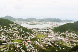 Wide view of St Maarten