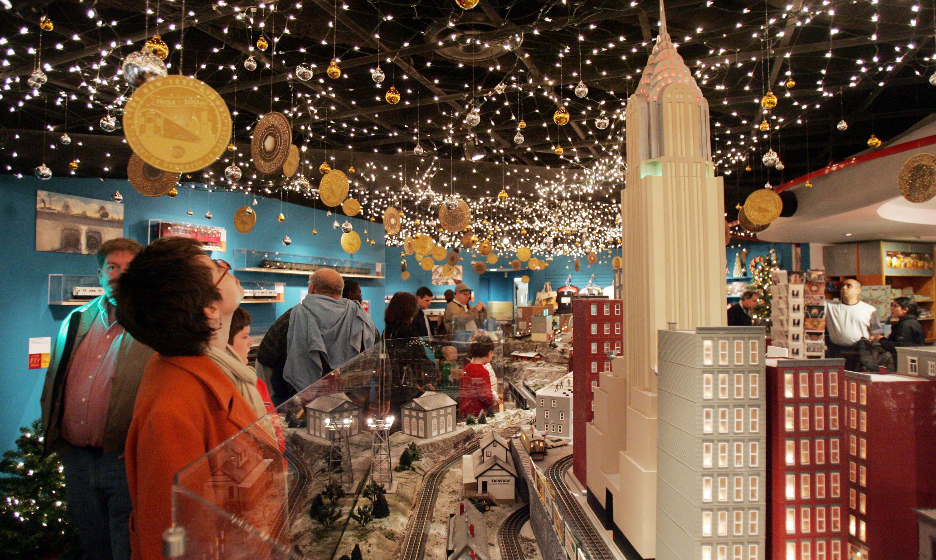 15 Things to Do for Christmas and New Year\'s in New York City