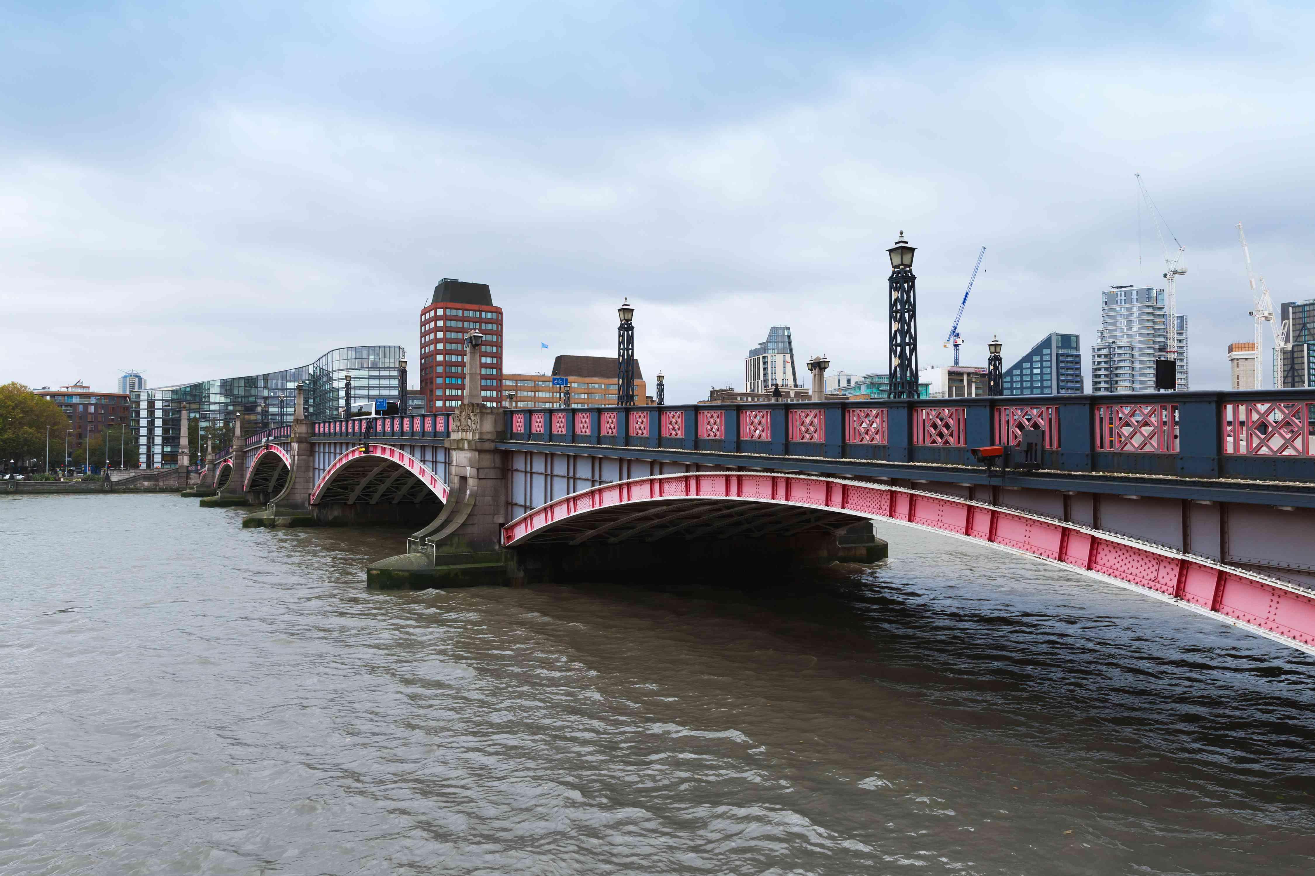 Cityscape of London, Lambeth Bridge