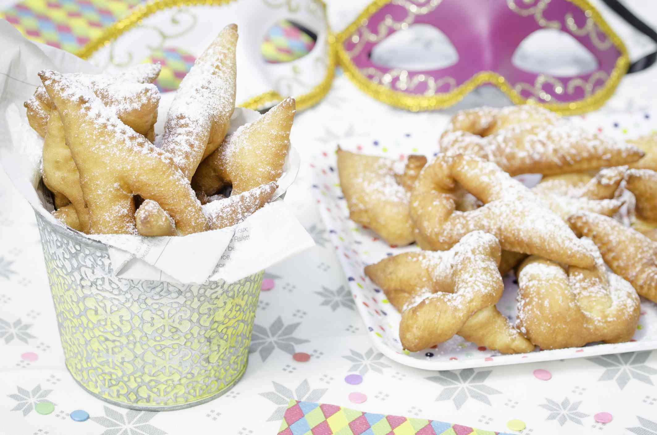 Bugnes, doughnuts served in Lyon for Mardi Gras