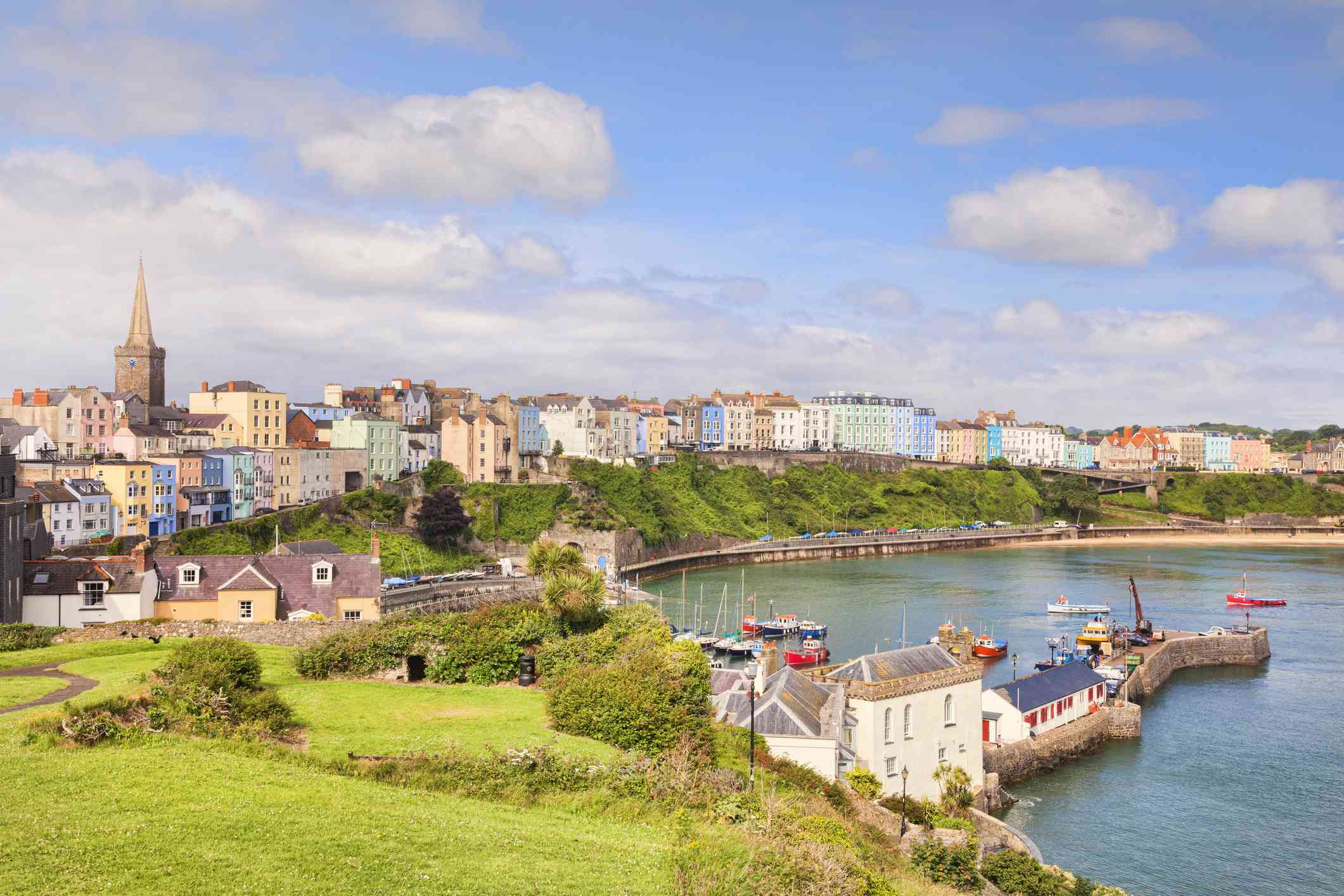 colorfull buildings along a harbor in Tenby, Pembrokeshire coast