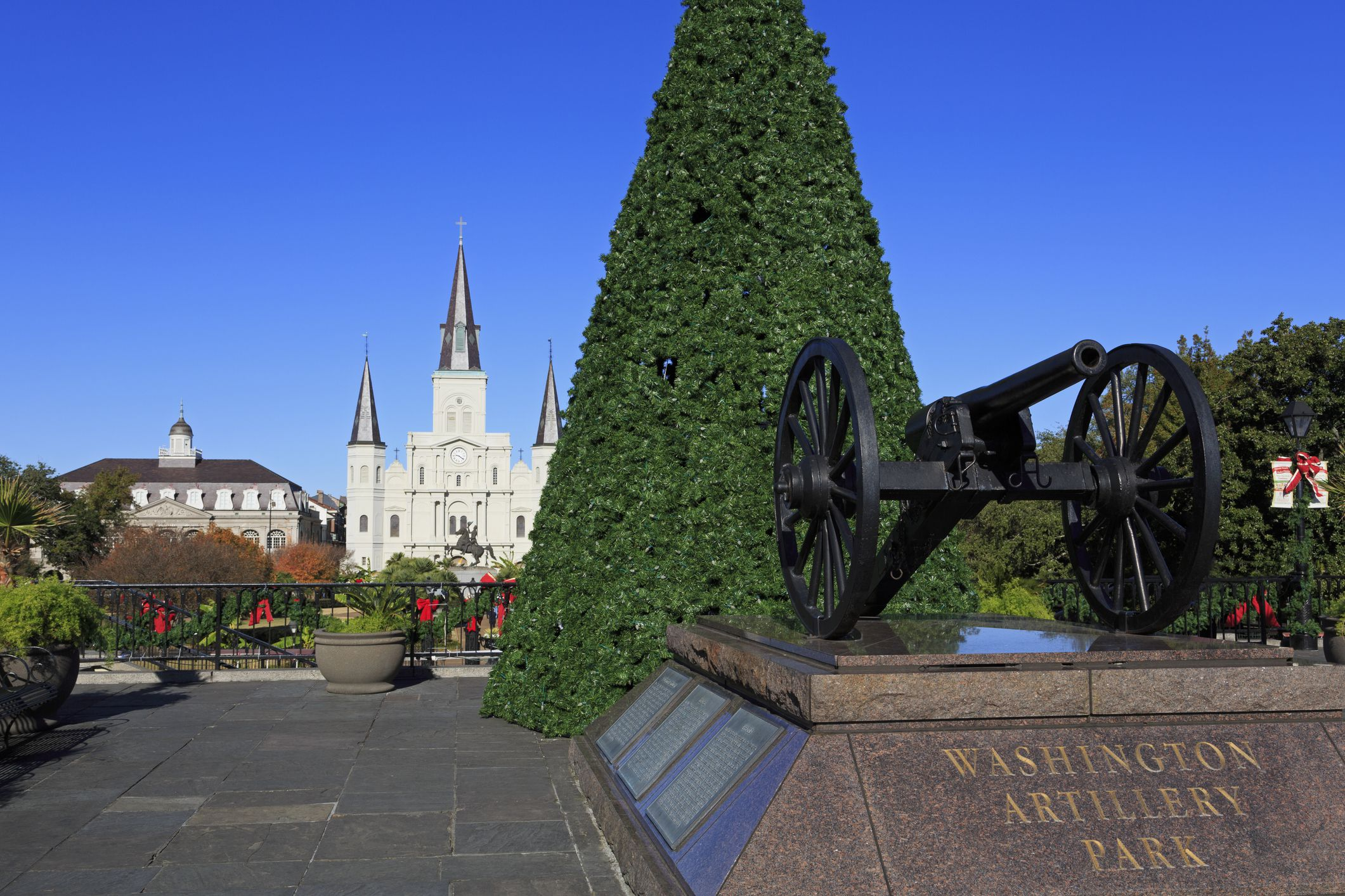 Tour Of Jackson Square In New Orleans French Quarter