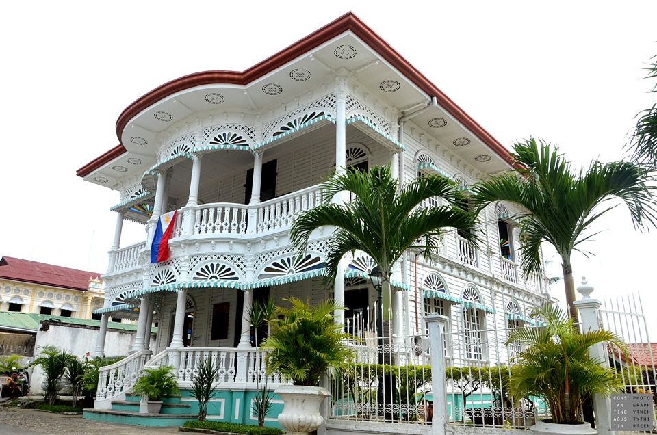 Old two-story house in Carcar, Cebu