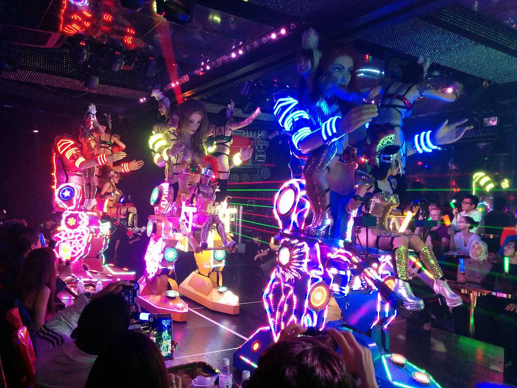 The Weirdest Things to Do in Tokyo