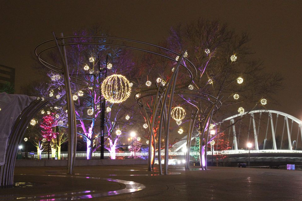 filebicentennial park columbus ohio winter lights 2014jpg