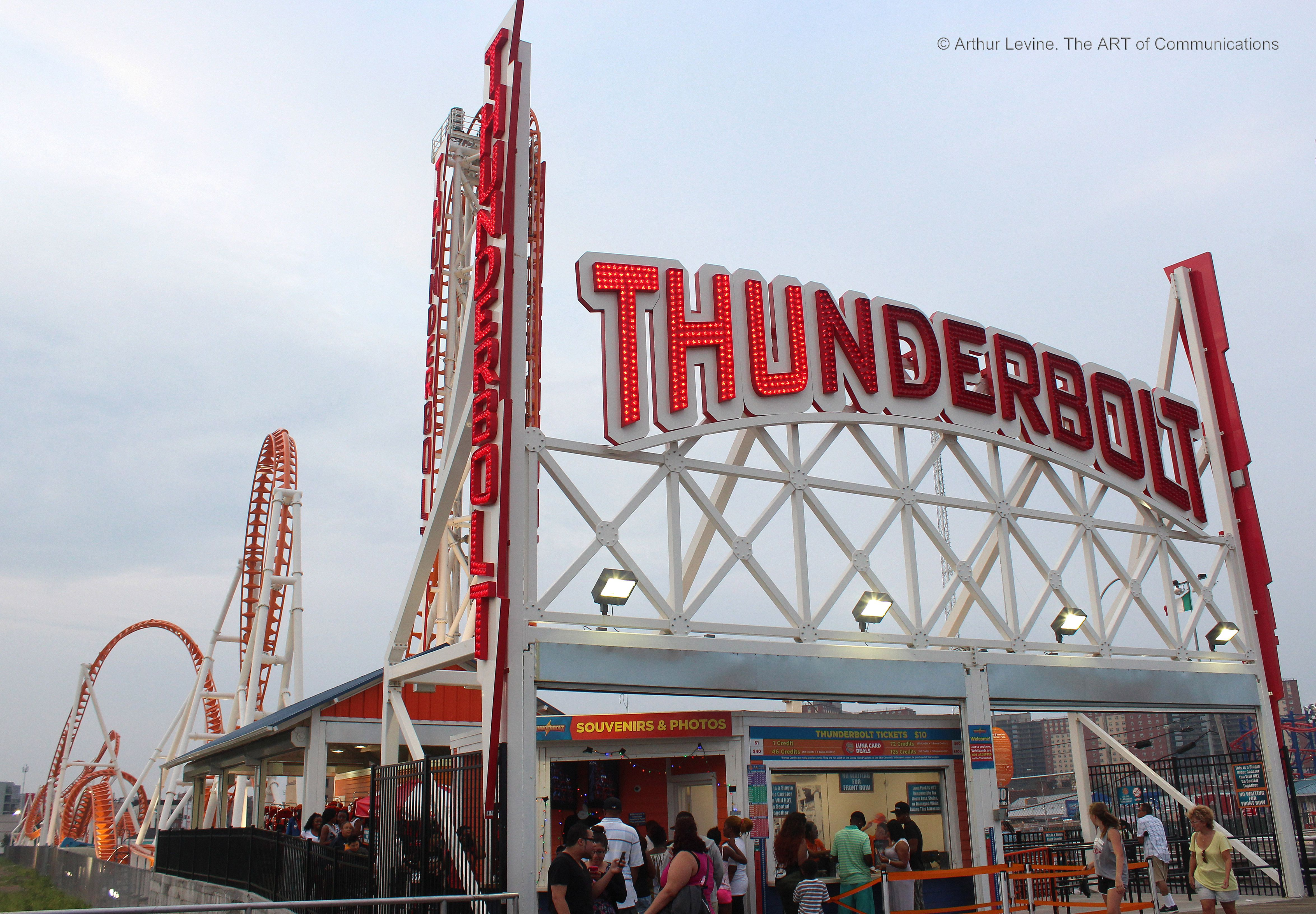 Coney-Island-Thunderbolt-Sign.jpg