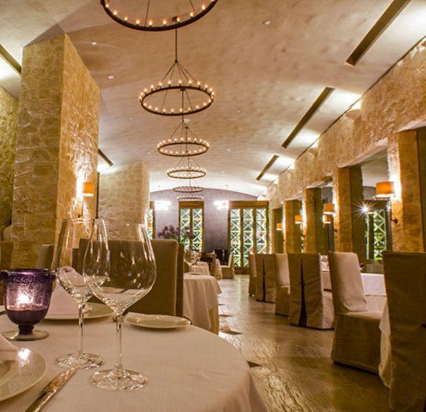 Ramona-Restaurant-Nizuc-Resort-Cancun-Mexico.jpg