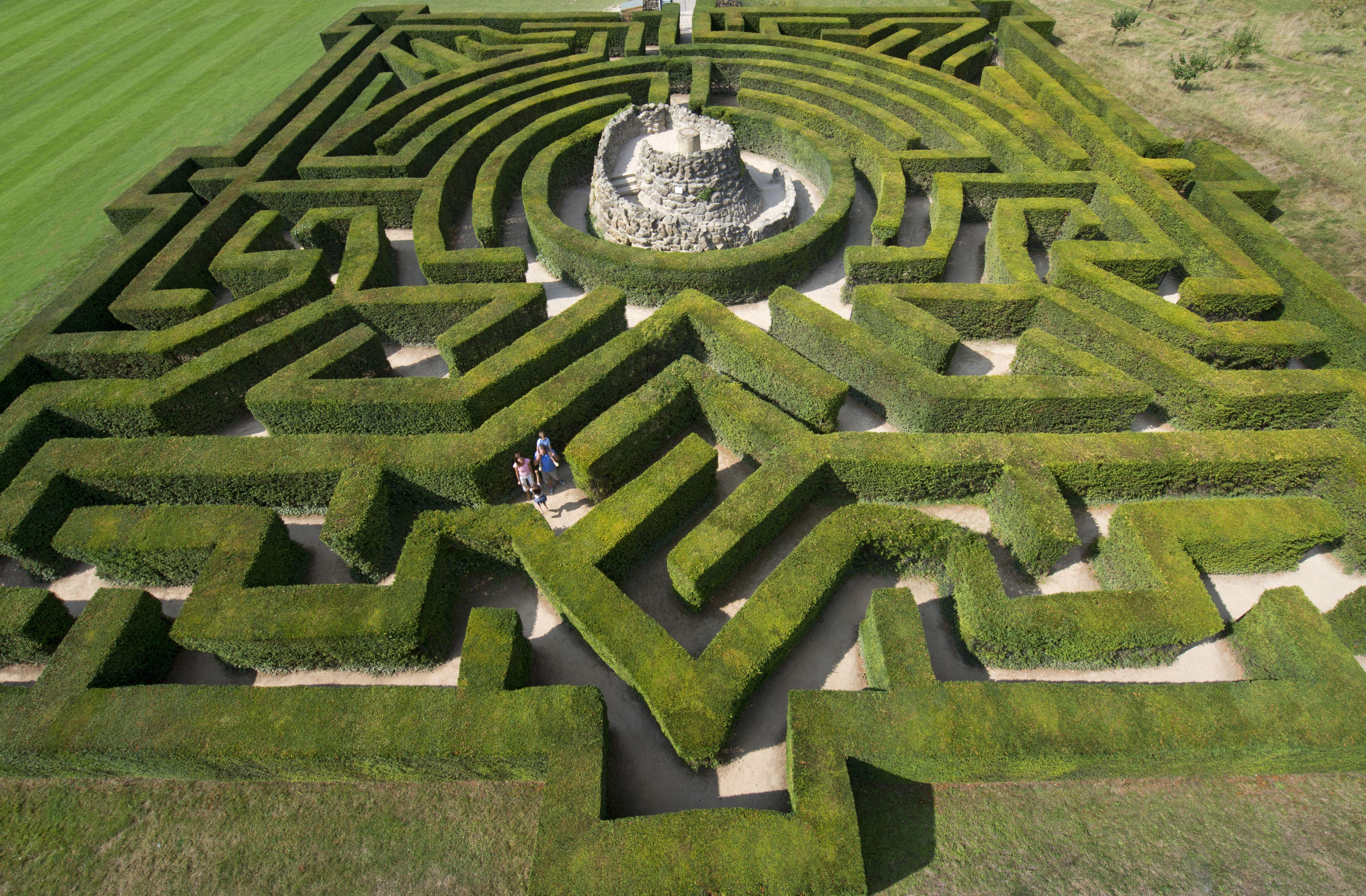 Leeds Castle Maze, Kent, England
