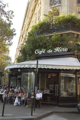 One of Paris' most popular sidewalk cafes