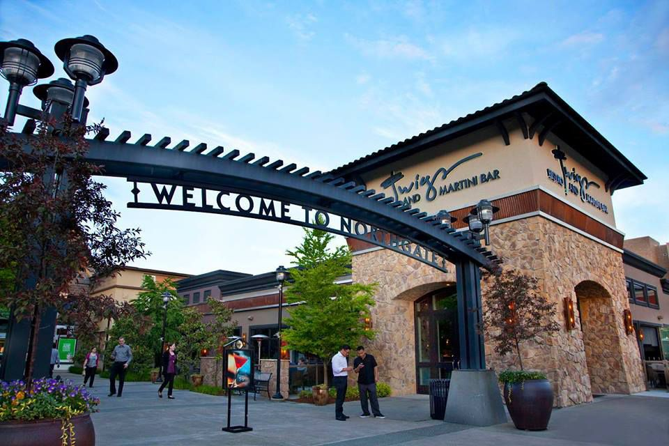 Malls, Outlets, and Shopping Centers in Seattle, Washington