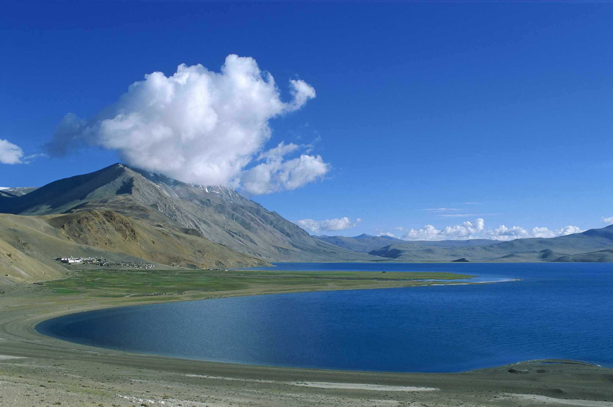 Lake in Changtang, Tibet