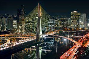 Sao Paulo traffic at night