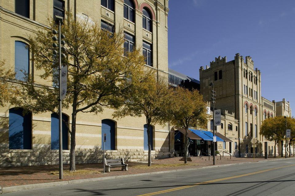 Low angle view of an art museum, San Antonio Museum Of Art, San Antonio, Texas, USA