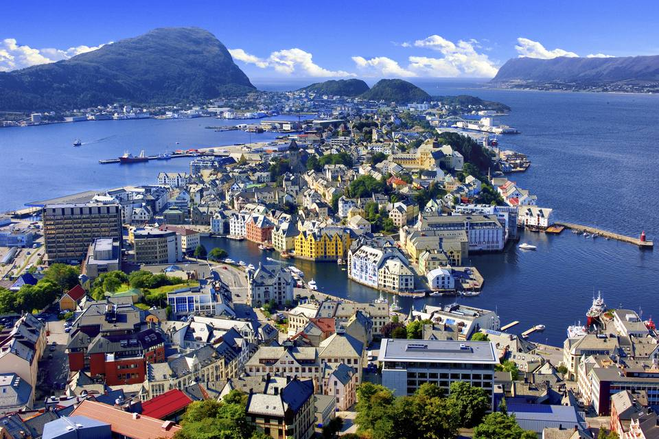 Overview of Alesund