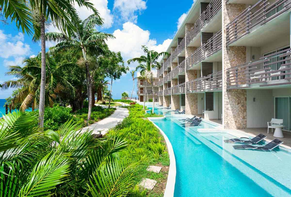 Swim Out junior suites at Sonesta Ocean Point