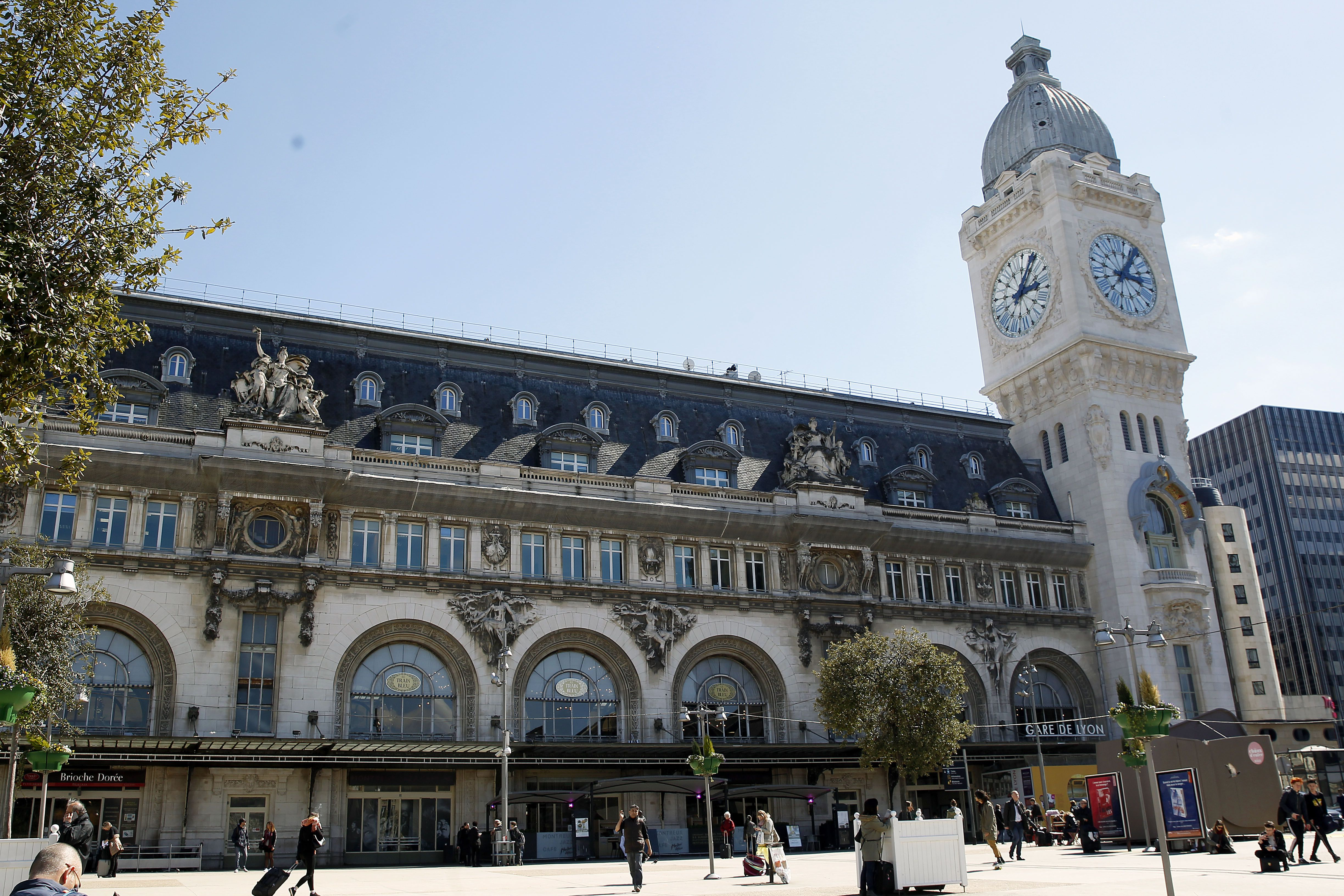 How to Navigate Paris Train Stations and Transfers Gare De Lyon Train Station Map on gare montparnasse train station map, gare de lyon train schedule, gare de l'est train station map,