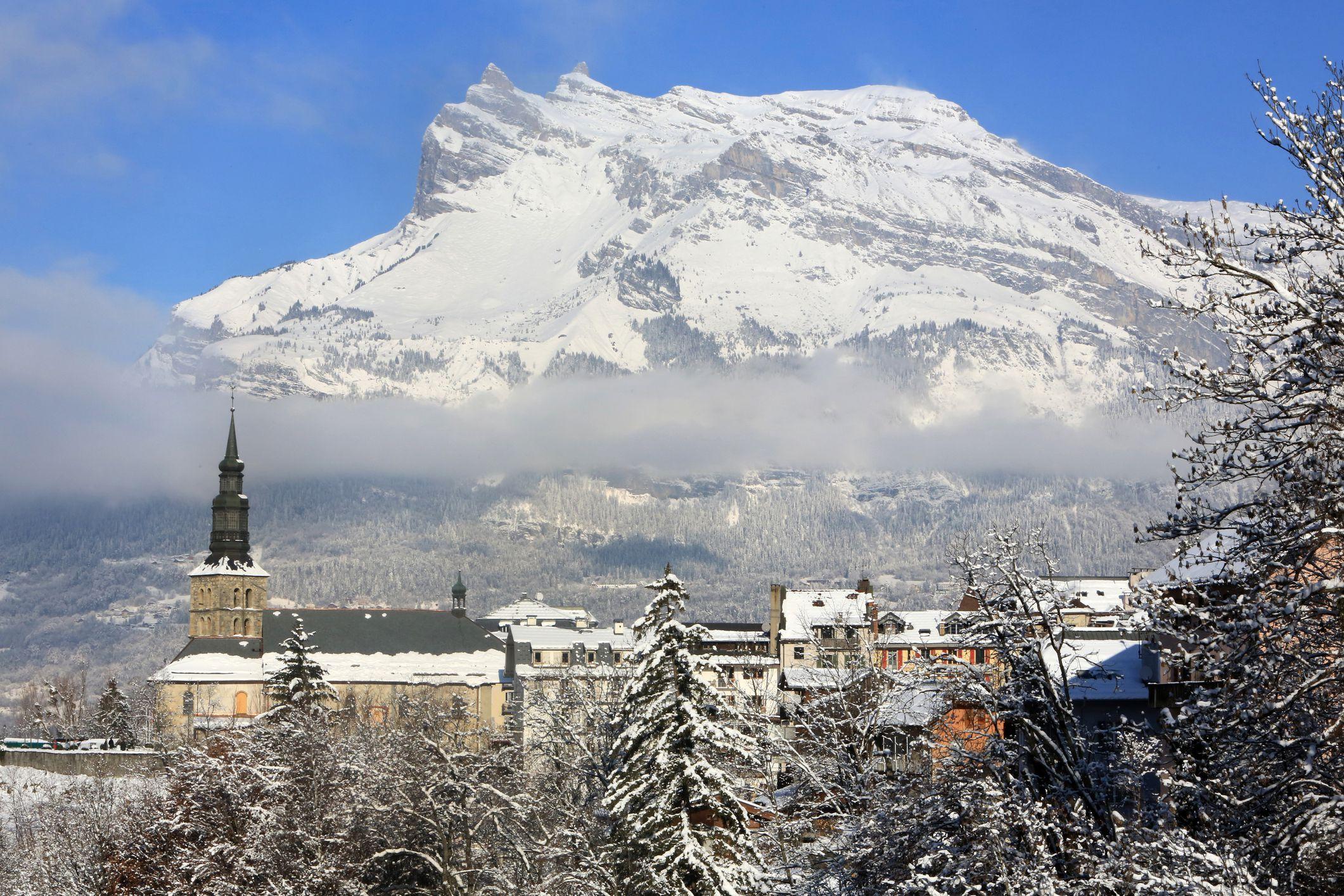 10 Paris Stopover Rail Journeys to the French Alps