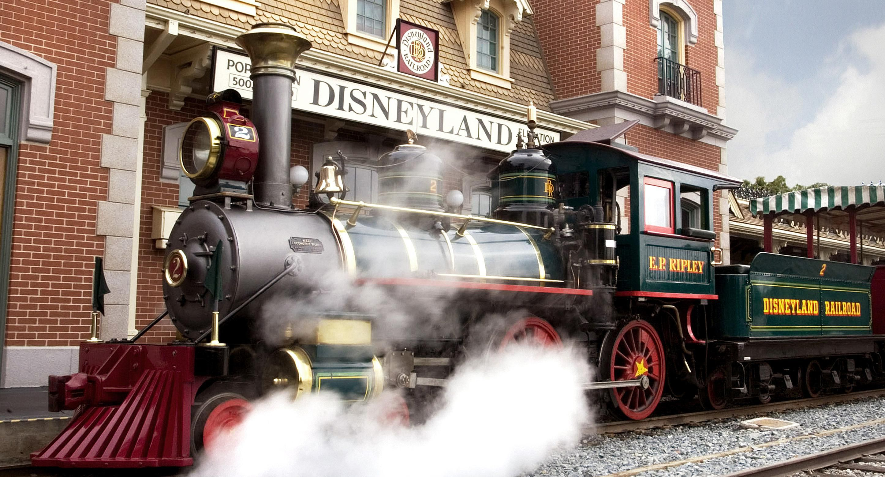 Disneyland-Railroad.jpg