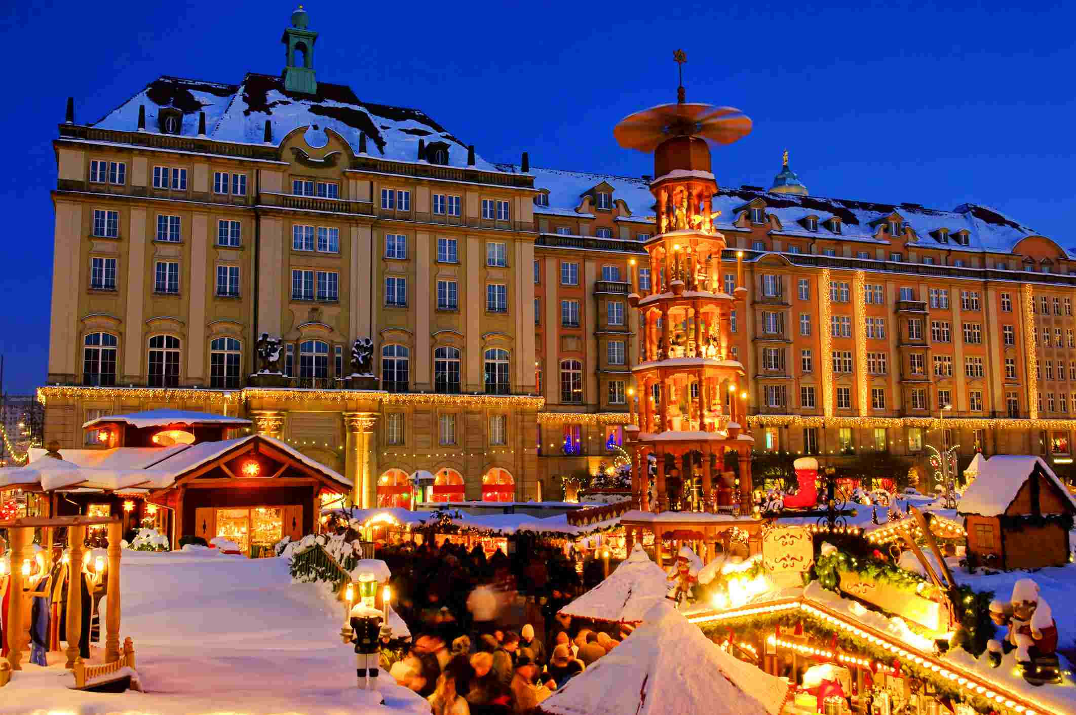 Christmas Town In Germany.Best Christmas Markets In Germany