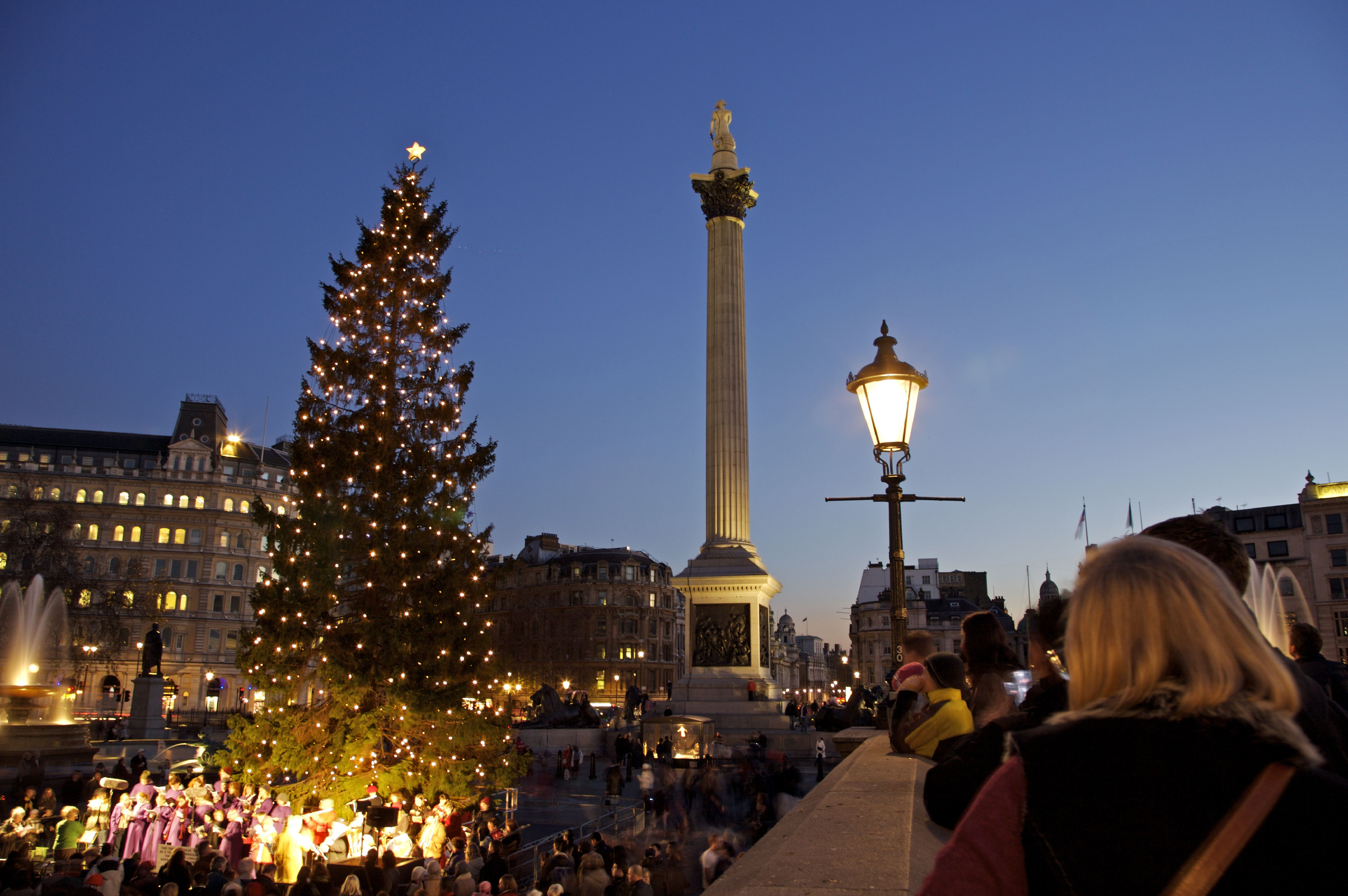 Christmas In England.Things To Do For Christmas In London