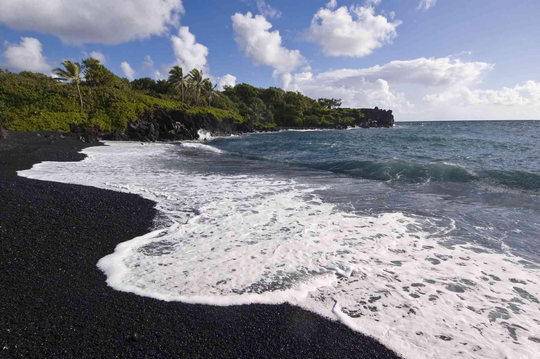 Waiʻānapanapa State Park, Maui