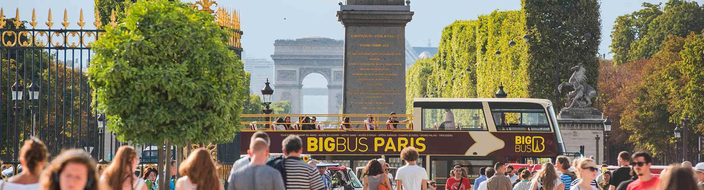 Big Bus tour in Paris