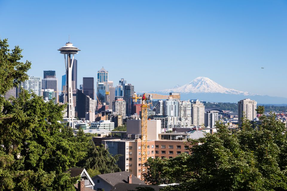 Famous view of Seattle skyline with the Space Needle and Mt Rainier