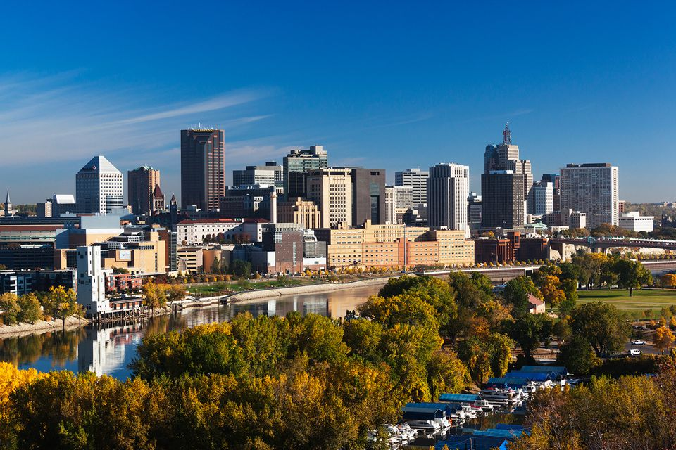 Minneapolis, St. Paul, Minnesota, Vista a la ciudad