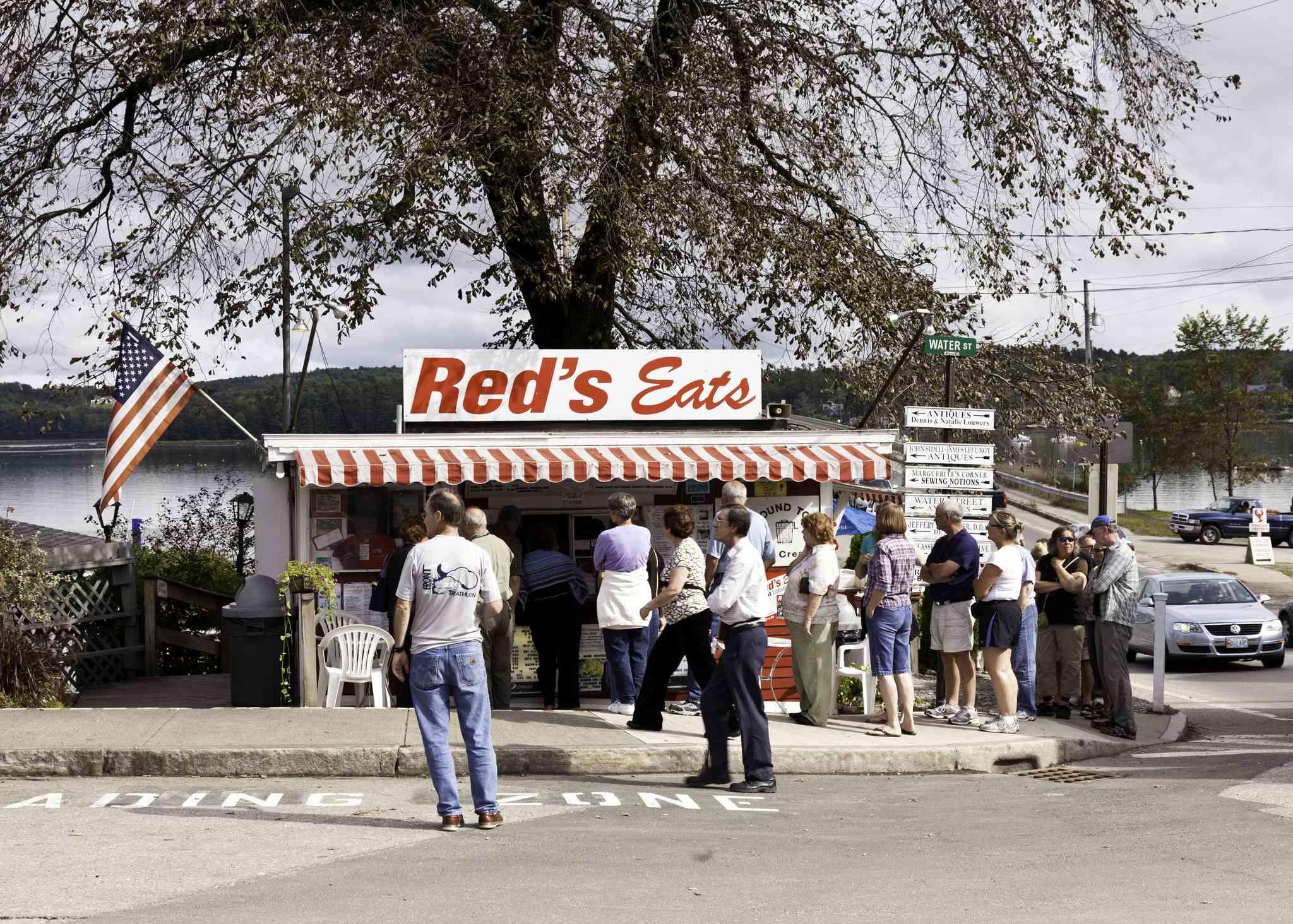 Red's Eats Roadside Restaurant, Maine