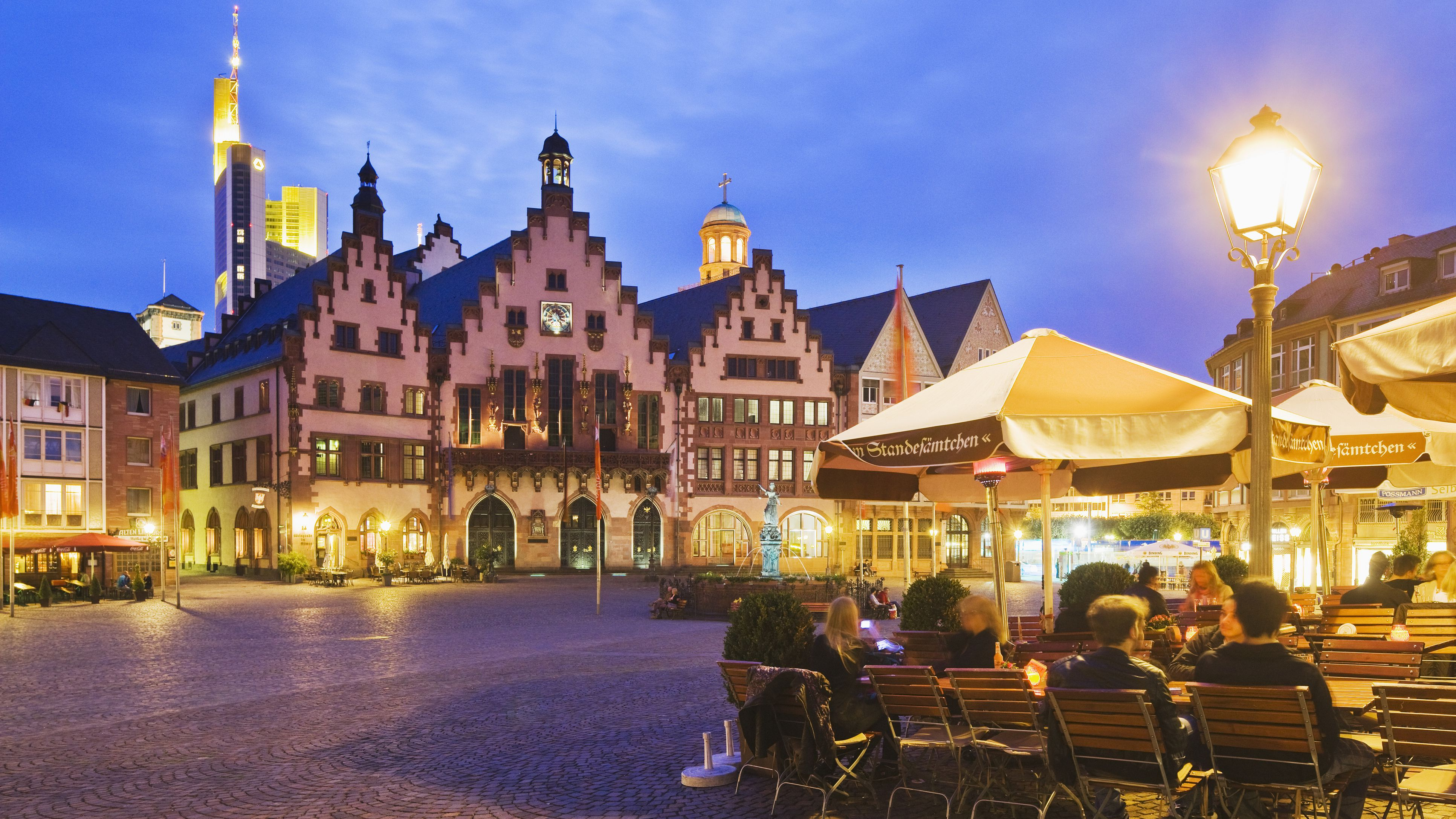 Running Free In Germanys Outdoor >> The Top 12 Attractions In Frankfurt Germany