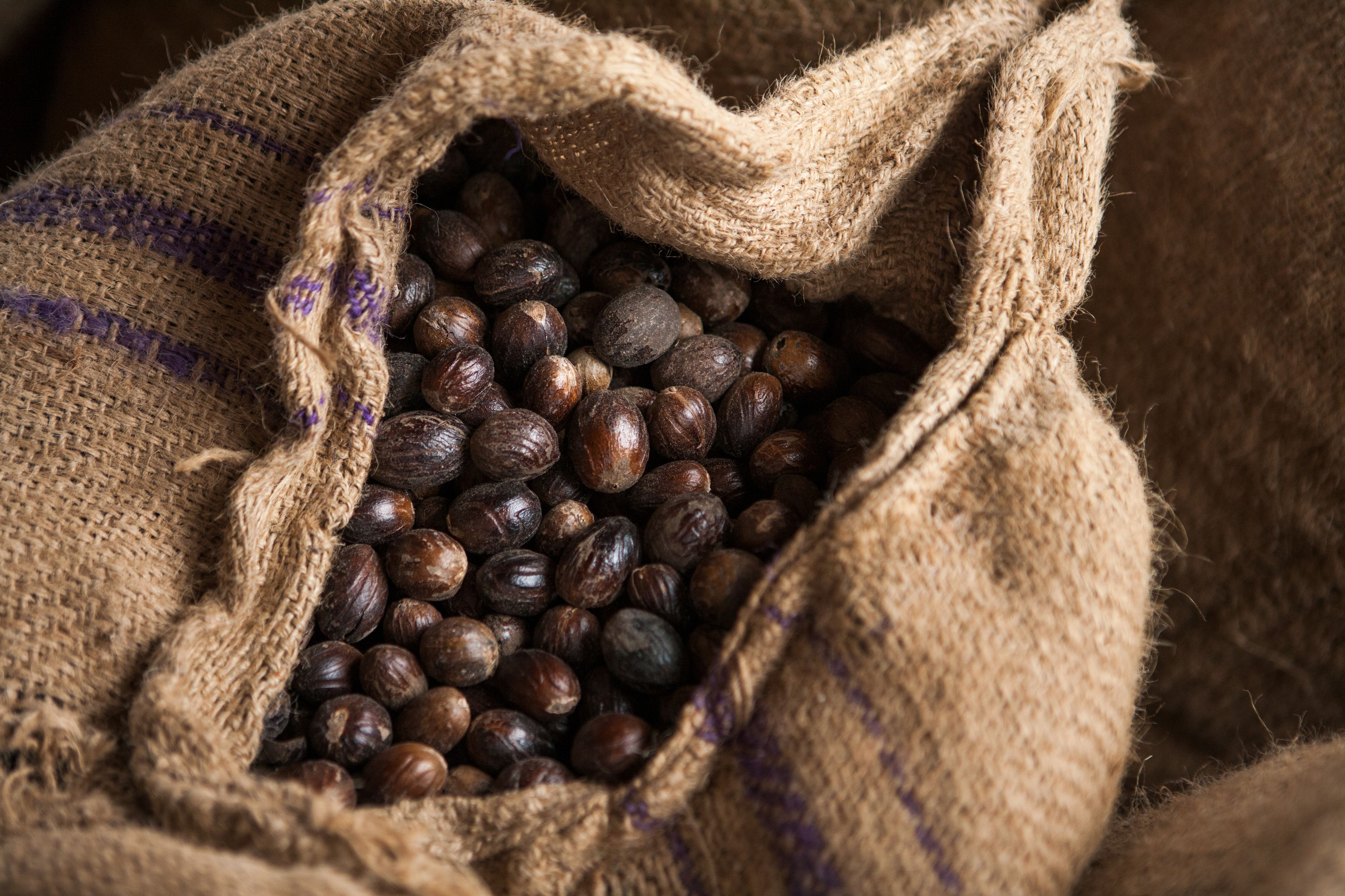Nutmegs in sack
