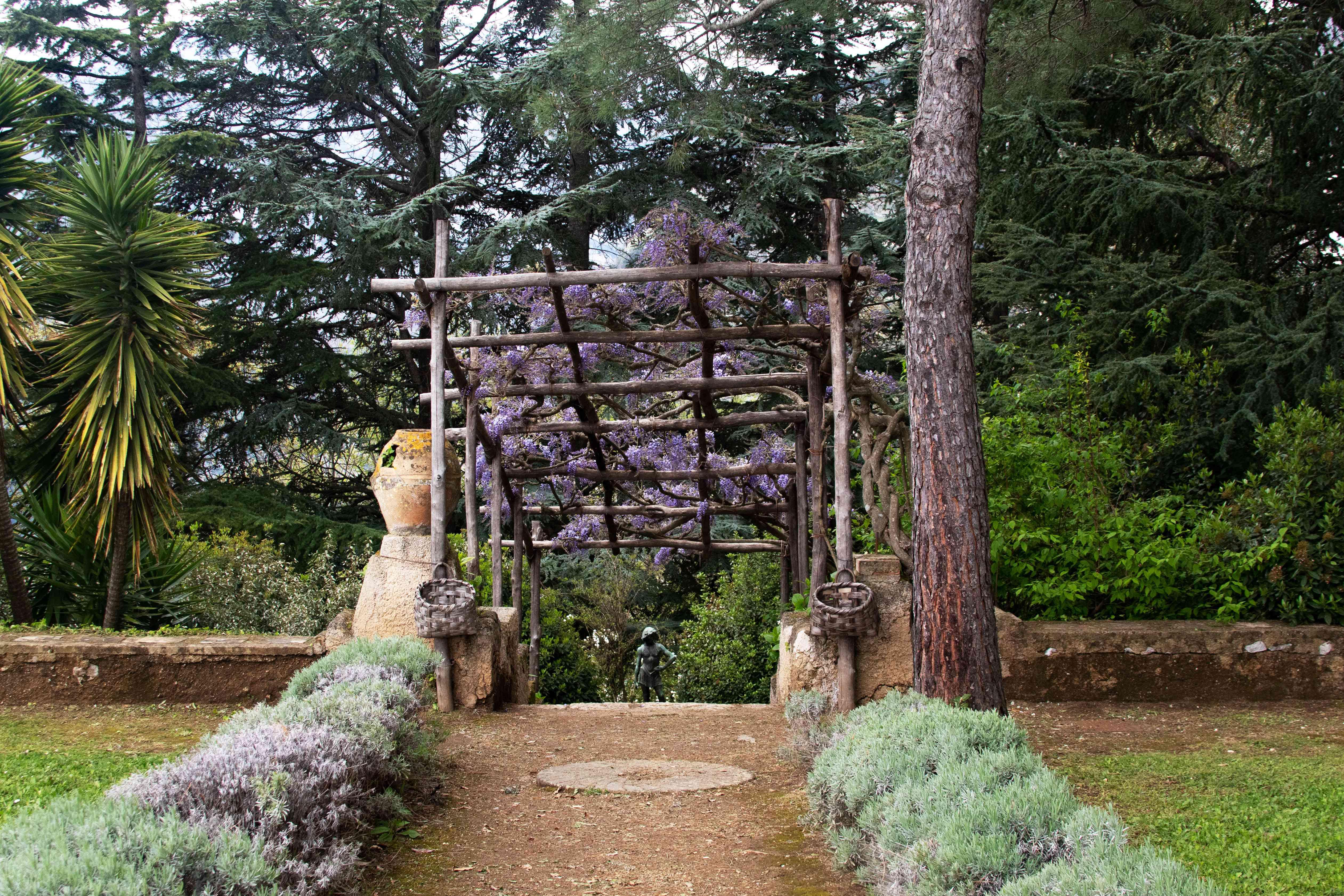 A path through a garden in Villa Cimbrone