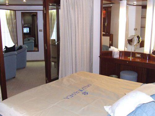 Best Luxury Honeymoon and Romantic Cruise Lines