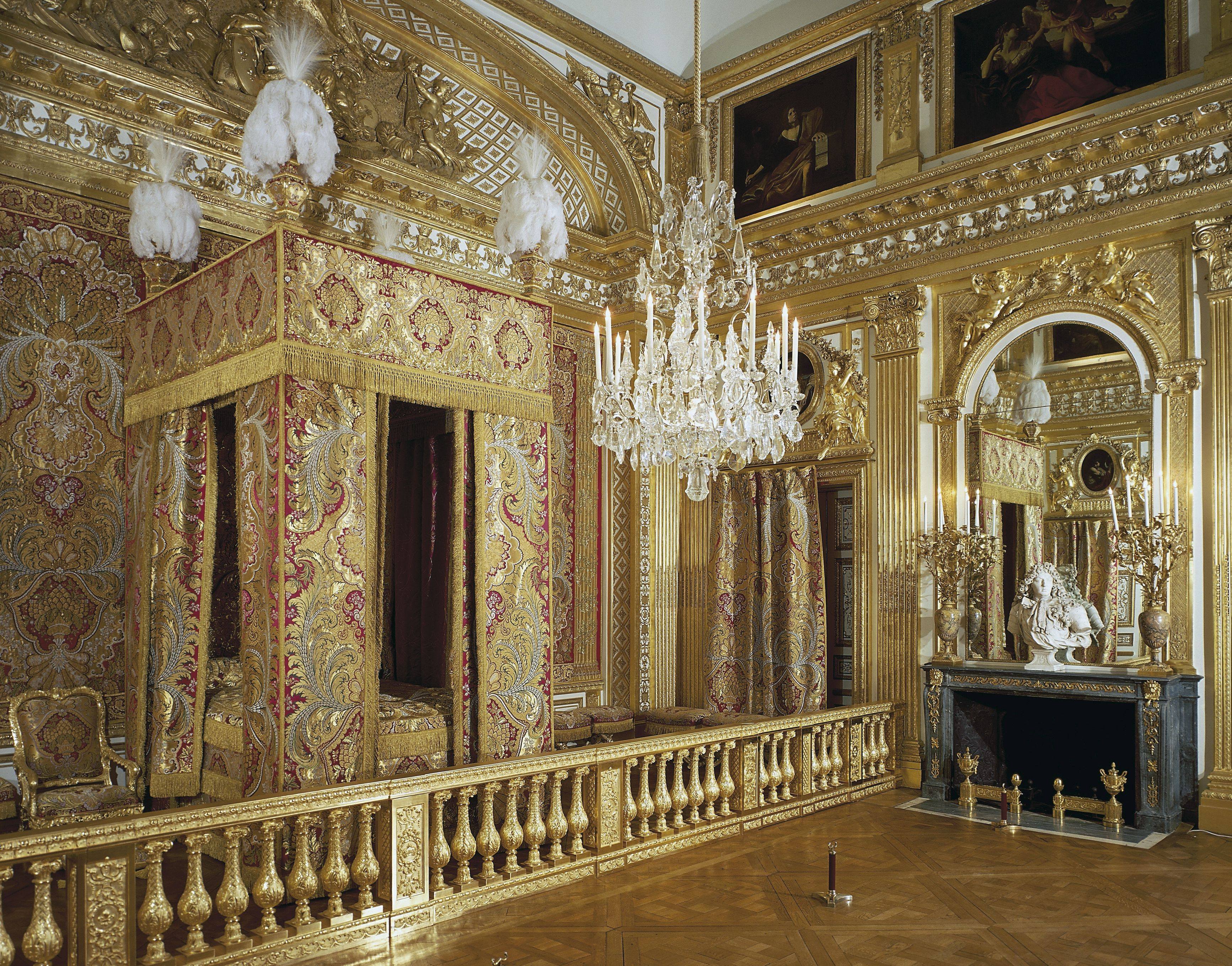 Versailles Palace and Gardens: The Complete Guide