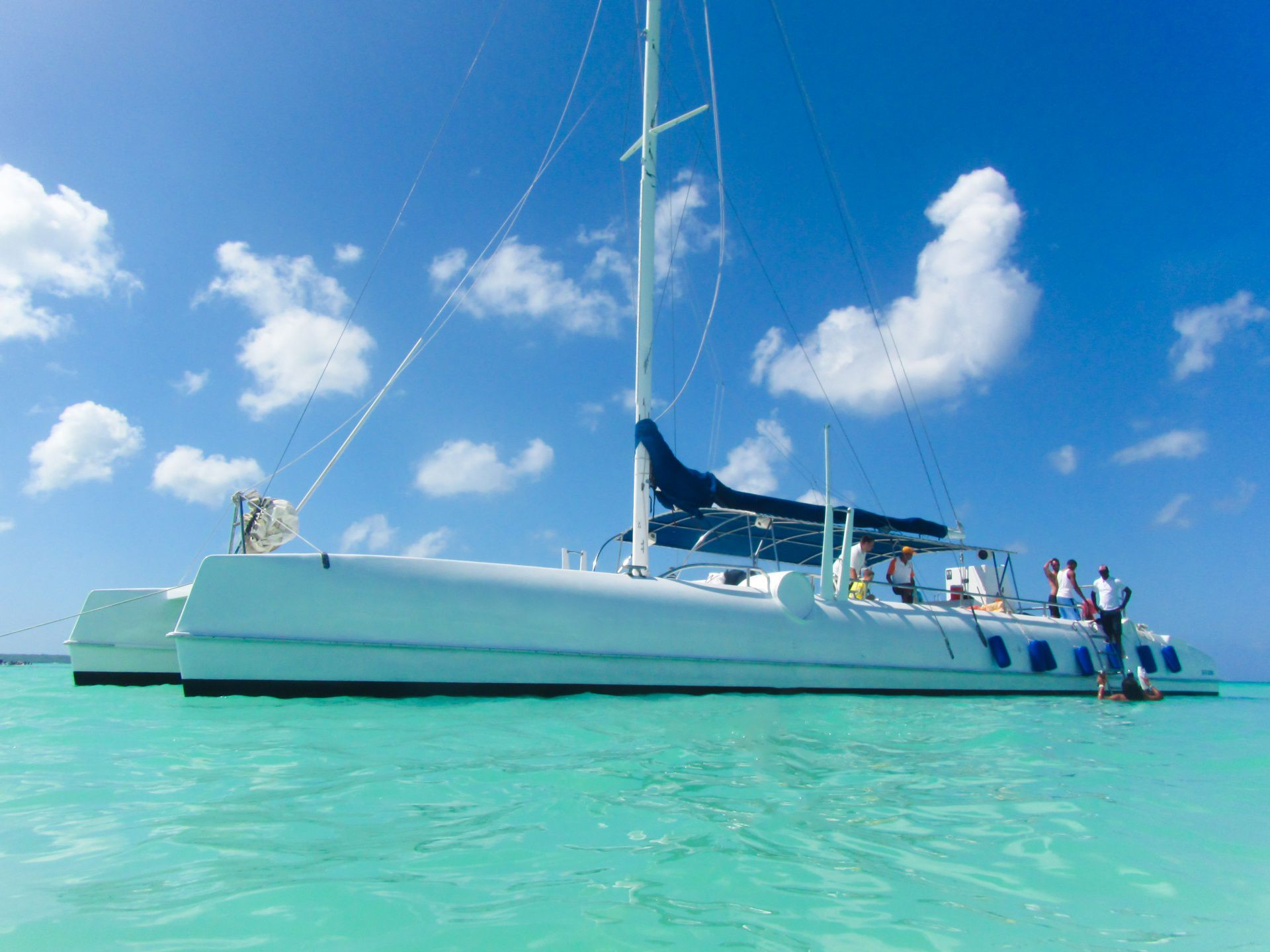 How to Charter a Yacht for the Ultimate Caribbean Boating