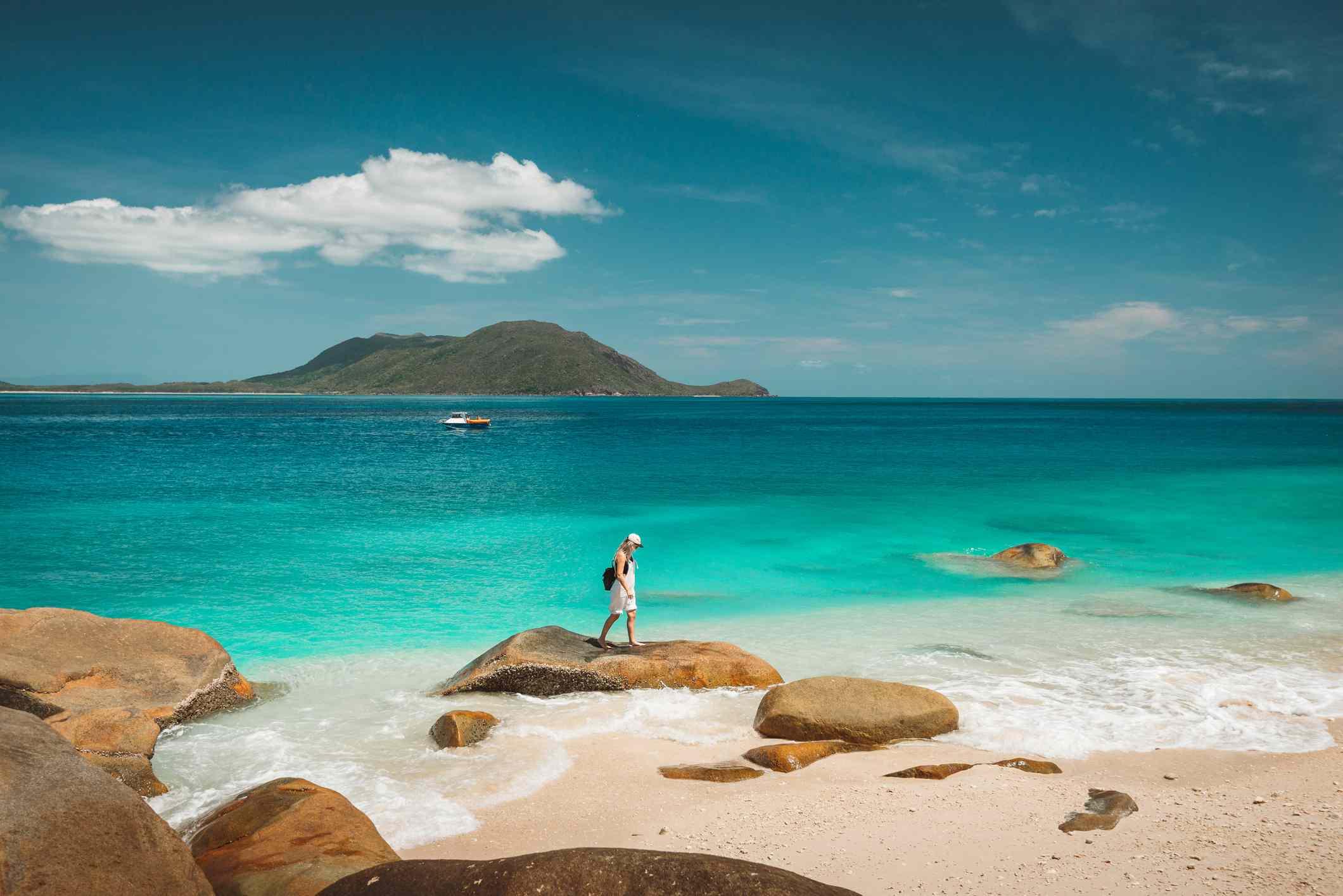 Nudey beach backpackers