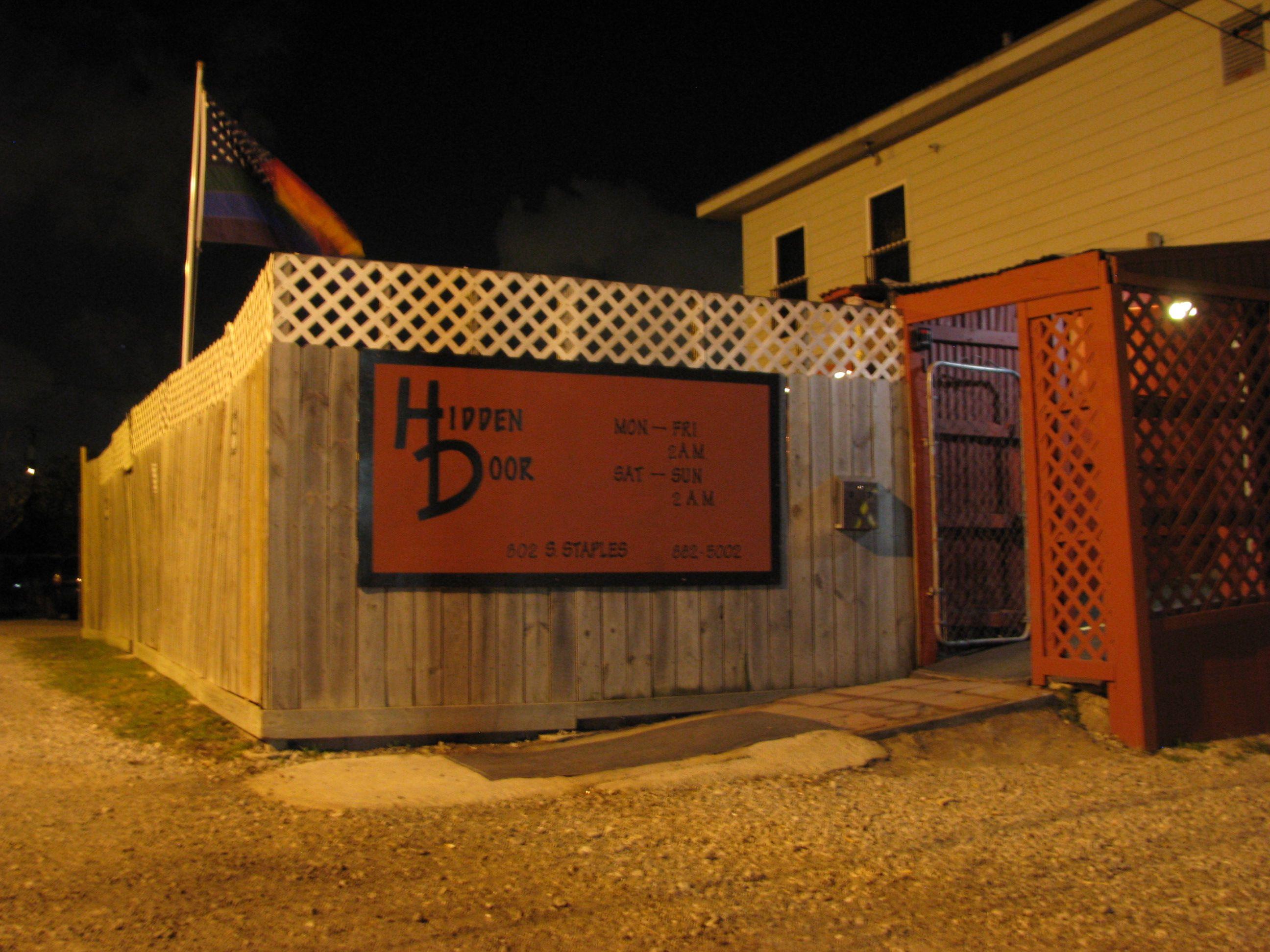 Lgbtq community protests texas bar for refusing entry to gay man wearing makeup