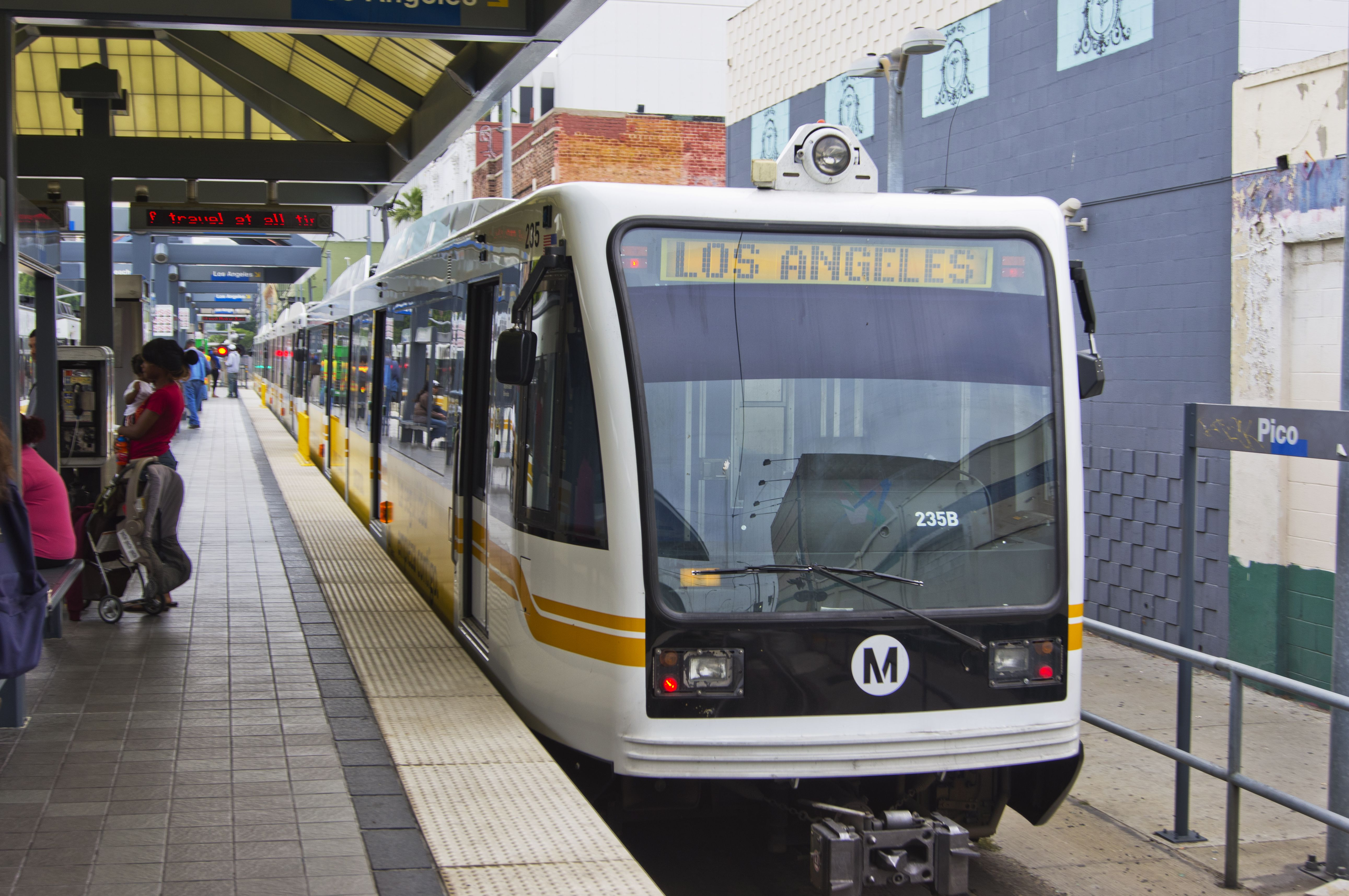 How to Get Around Los Angeles on the Metro