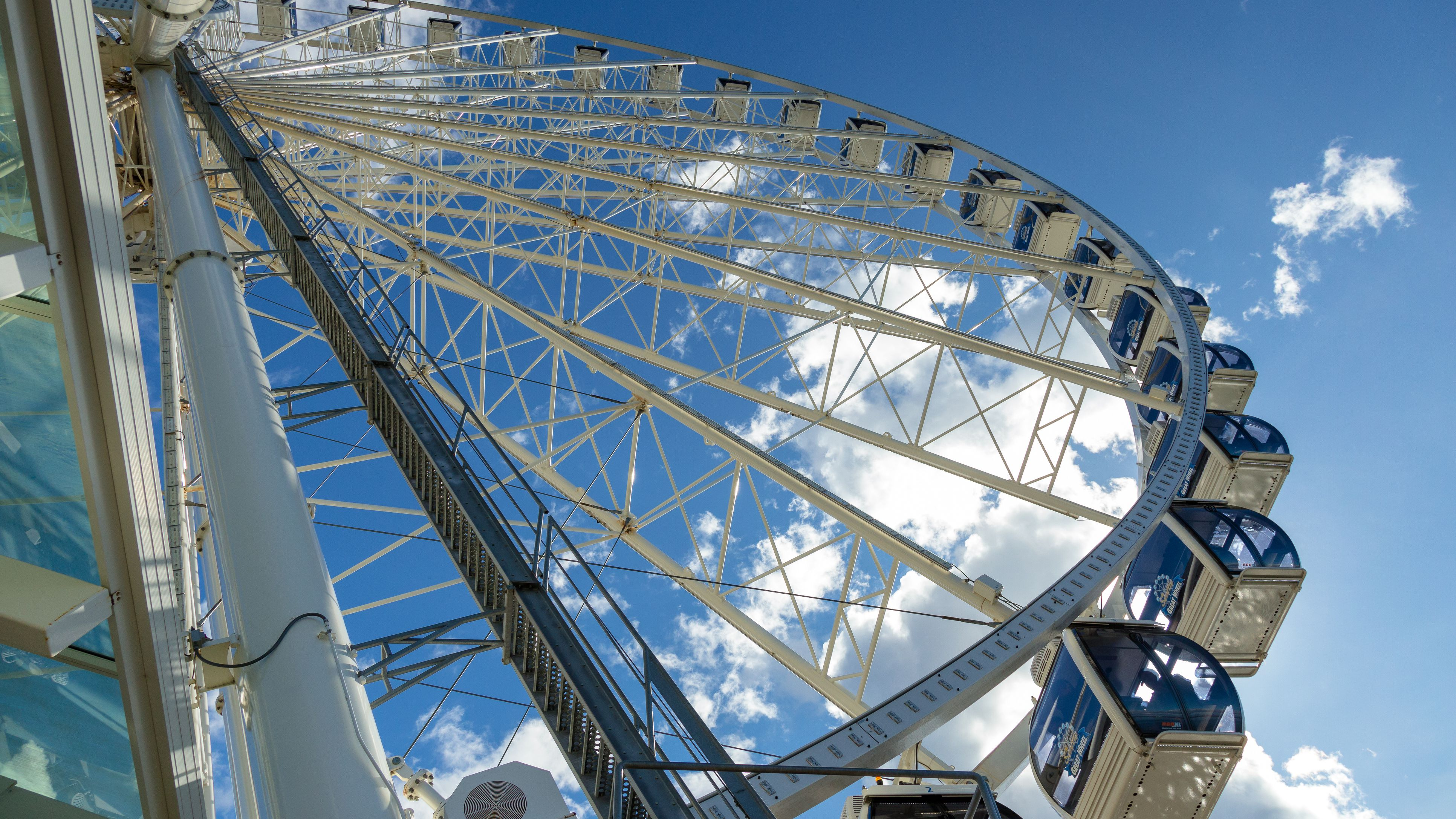 All About Seattle S Ferris Wheel