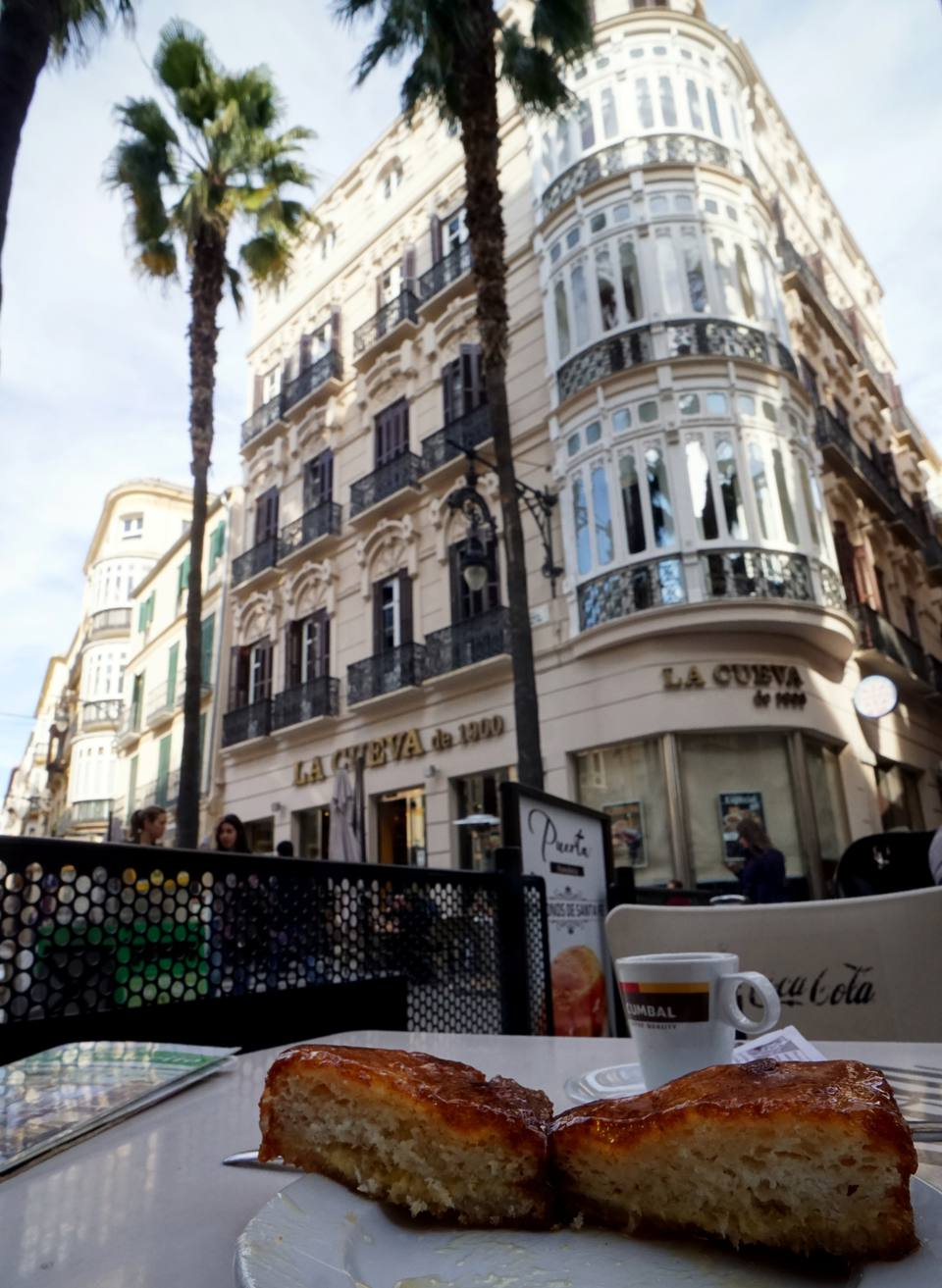 Coffee and cake in Malaga