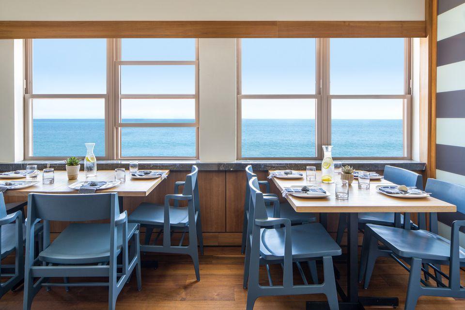 Romantic restaurants in los angeles carbon beach club restaurant at malibu beach inn publicscrutiny Choice Image