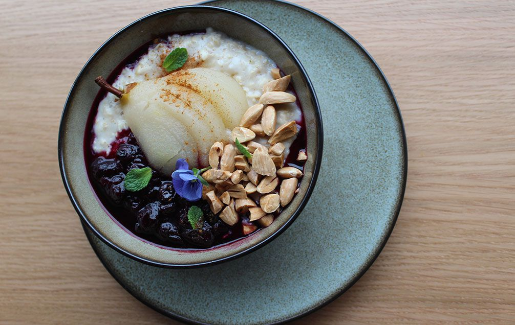 porridge with poached pear