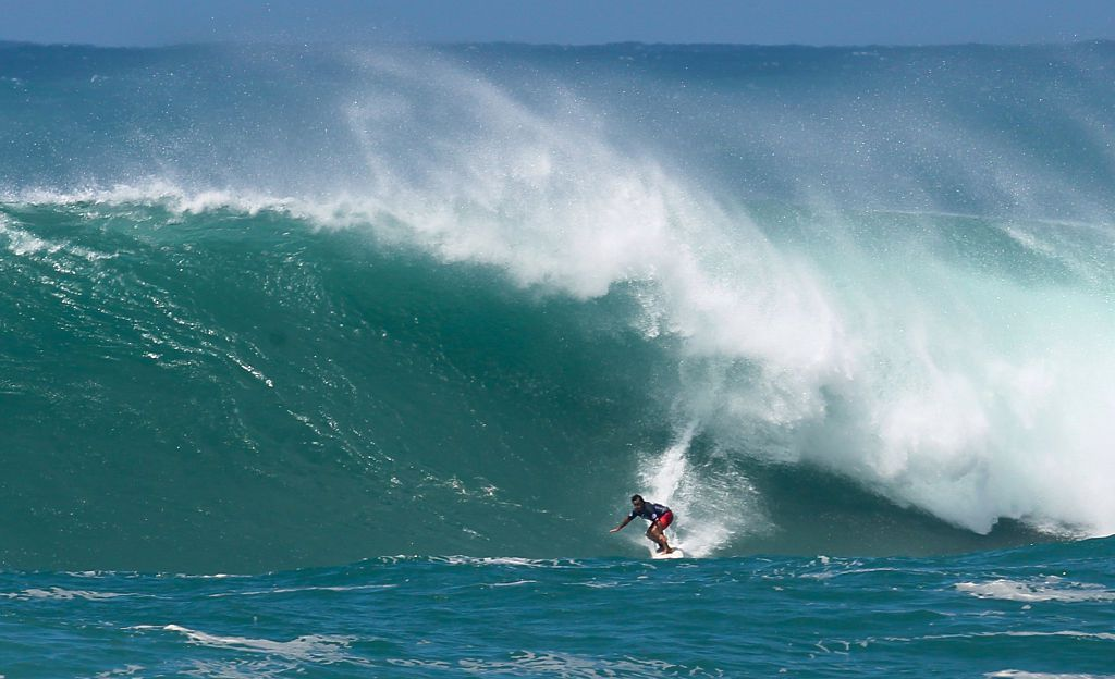 Surfing Hawaii's North Shore