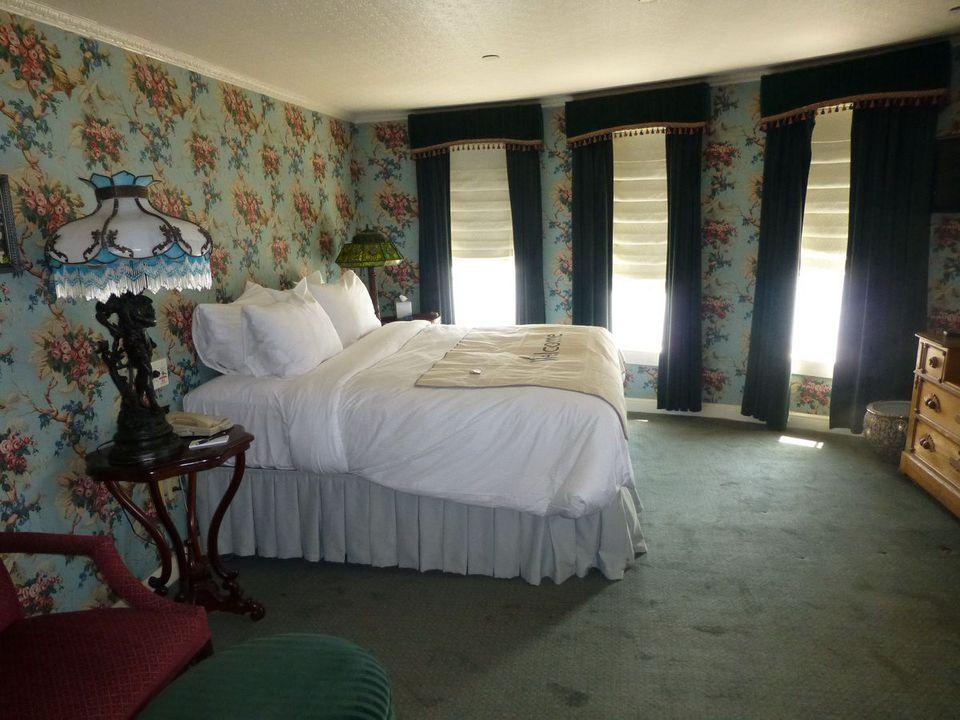 American Queen Steamboat Cabins and Suites Categoría LS Suite con veranda - Delta Queen Suite # 351